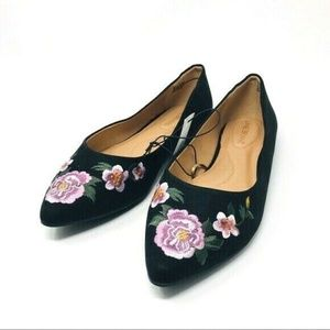 NWOB Lane Bryant Floral Embroidered Pointed-Toe Fl